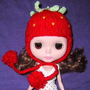 blythe strawberry hat